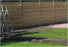 Pose d\'un écran de jardin - Groupe de rénovation Votre Bras Droit